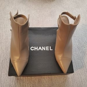 Chanel bootie